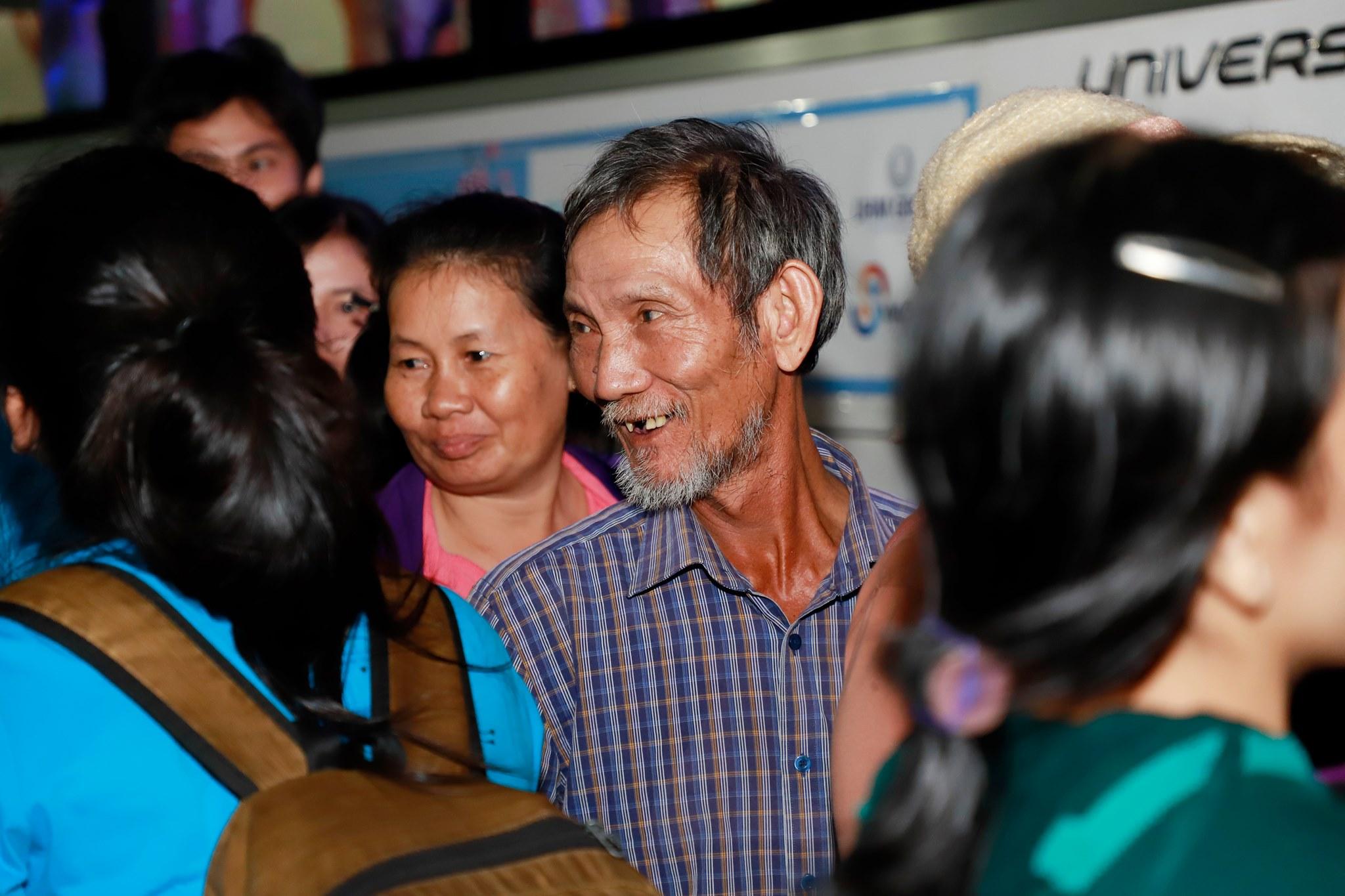 Có Một Sài Gòn Ấm Tình Người Trong Đêm 24 Tết Với Chuyến Xe 0 Đồng