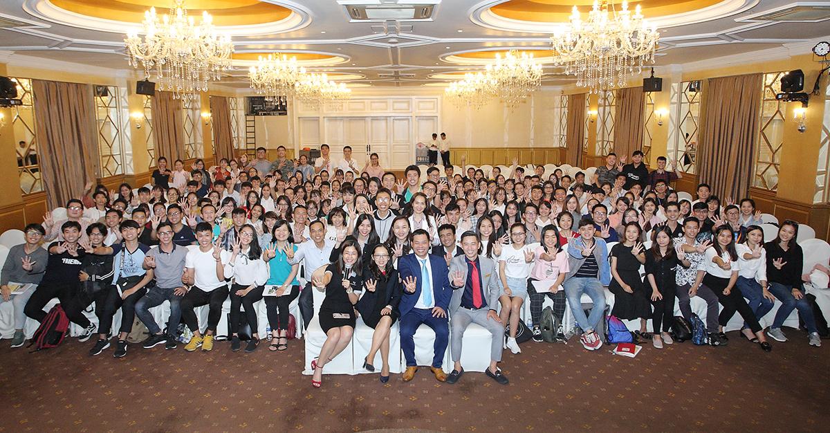 Lần đầu tiên chương trình Năng Đoạn Kim Cương dành cho Sinh Viên được tổ chức