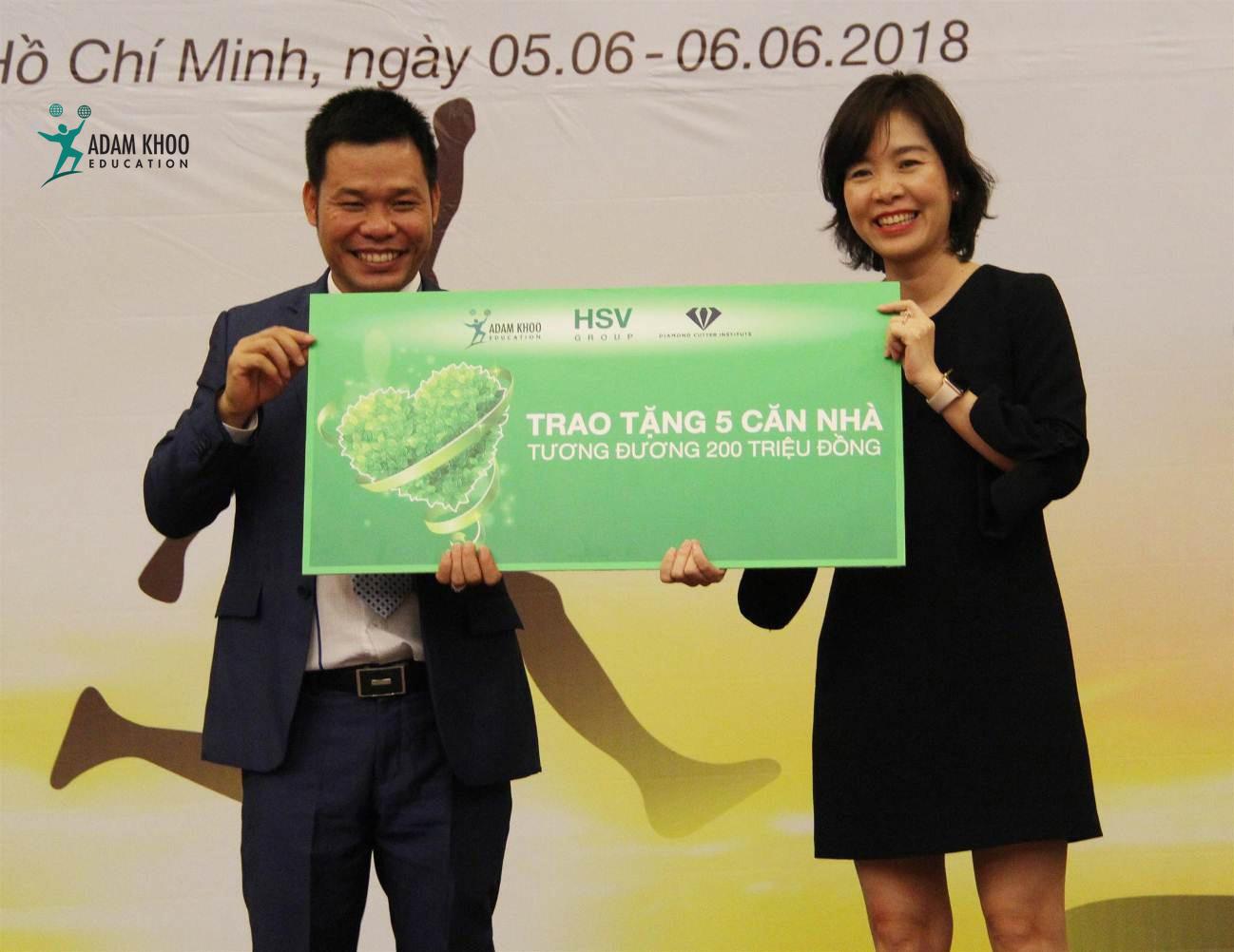Hoa Sen Việt trao tặng 5 căn nhà đợt đầu tiên cho Qũy DCI