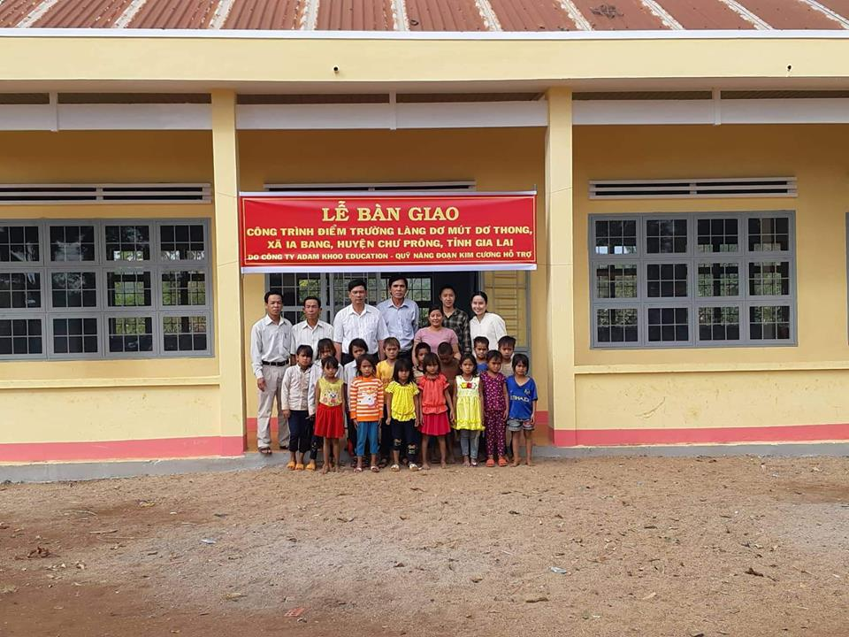 Bàn giao công trình điểm trường tại Gia Lai 25012019